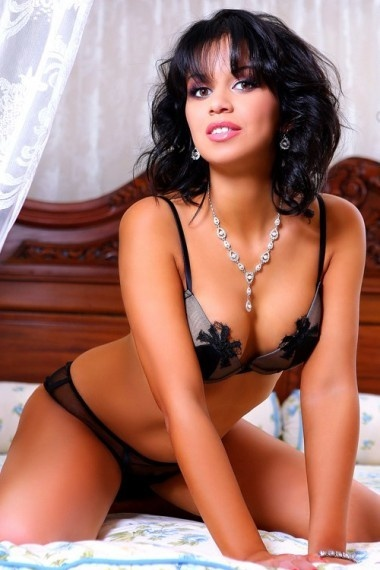 Duci, beautiful Russian escort who offers girlfriend experience in Rome