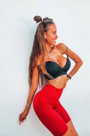 Arina, beautiful Russian escort who offers girlfriend experience in Rome